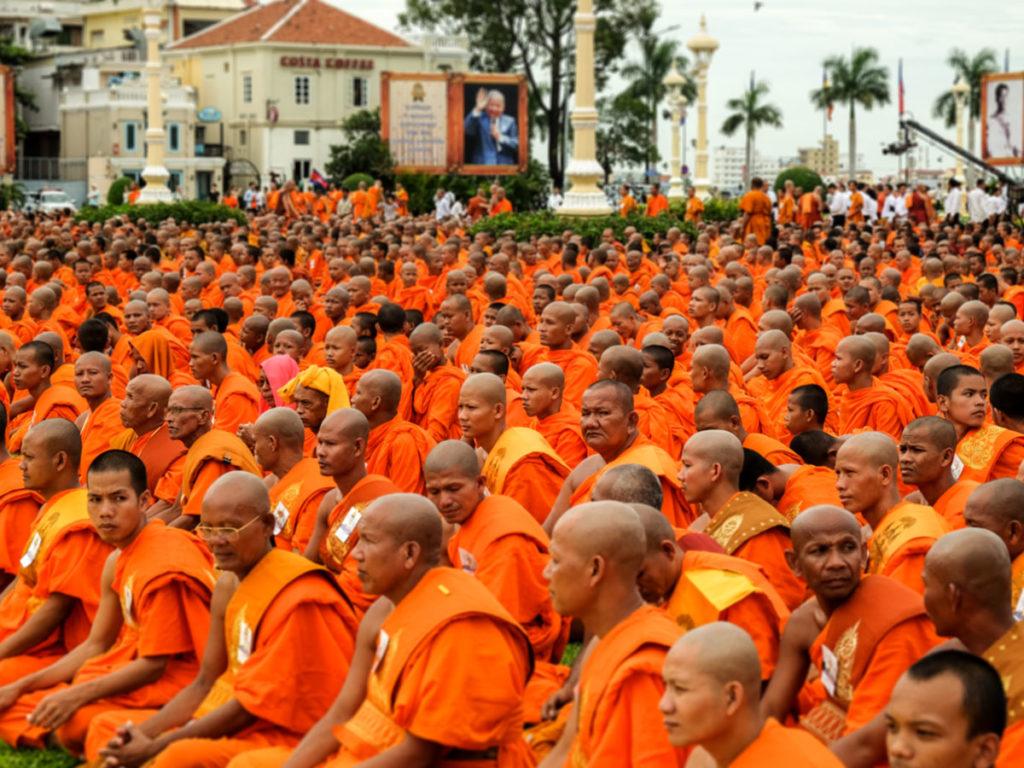 Phnom Penh Monaci 01