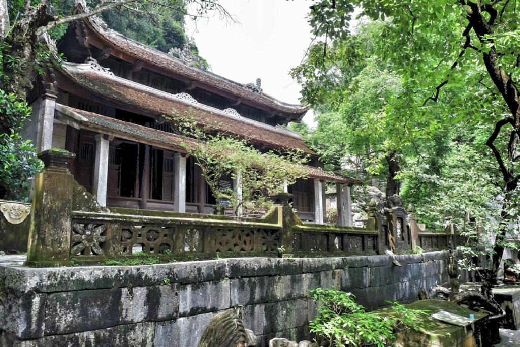 Edificio Bich Dong Pagoda