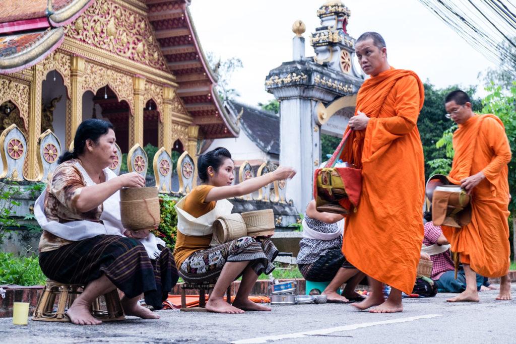 Monaci di Luang Prabang