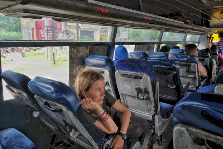Jaipur-autobus-01