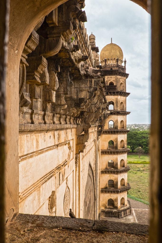 Bijapur-Golgumbaz-03