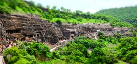 Ajanta-cave-Copertina