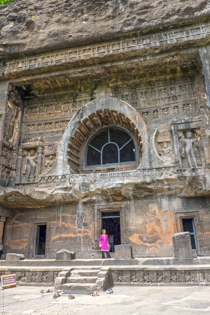Ajanta-caves-35-grotta26