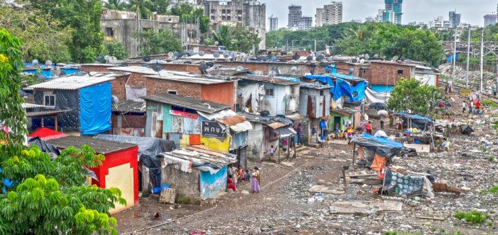 Copertina Slum 45 India