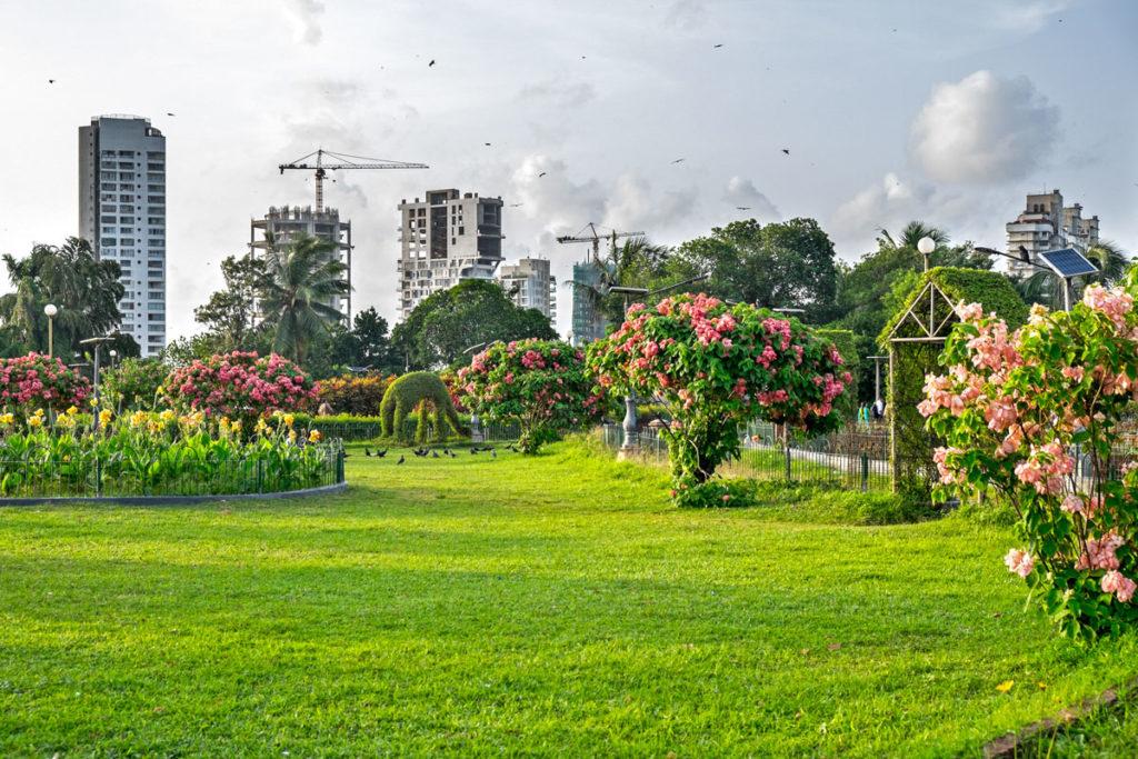 Hanging Gardens 02 Mumbai