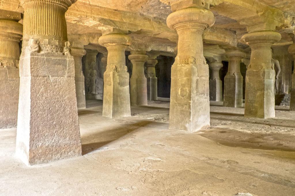 Temple Gharapuri 01 Mumbai