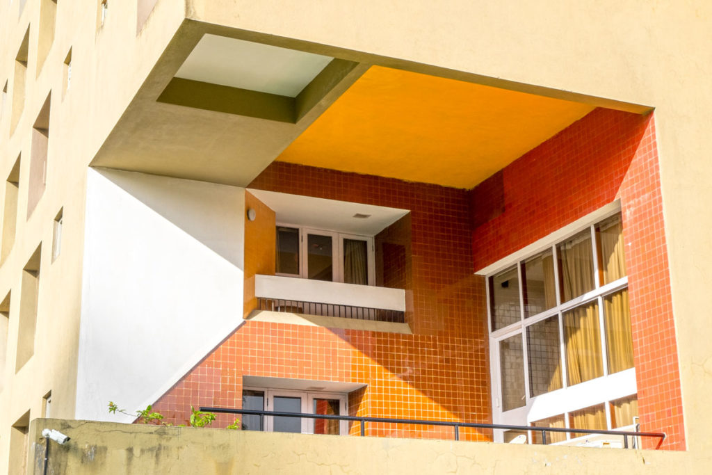 Charles Correa Kanchanjunga apartments 02
