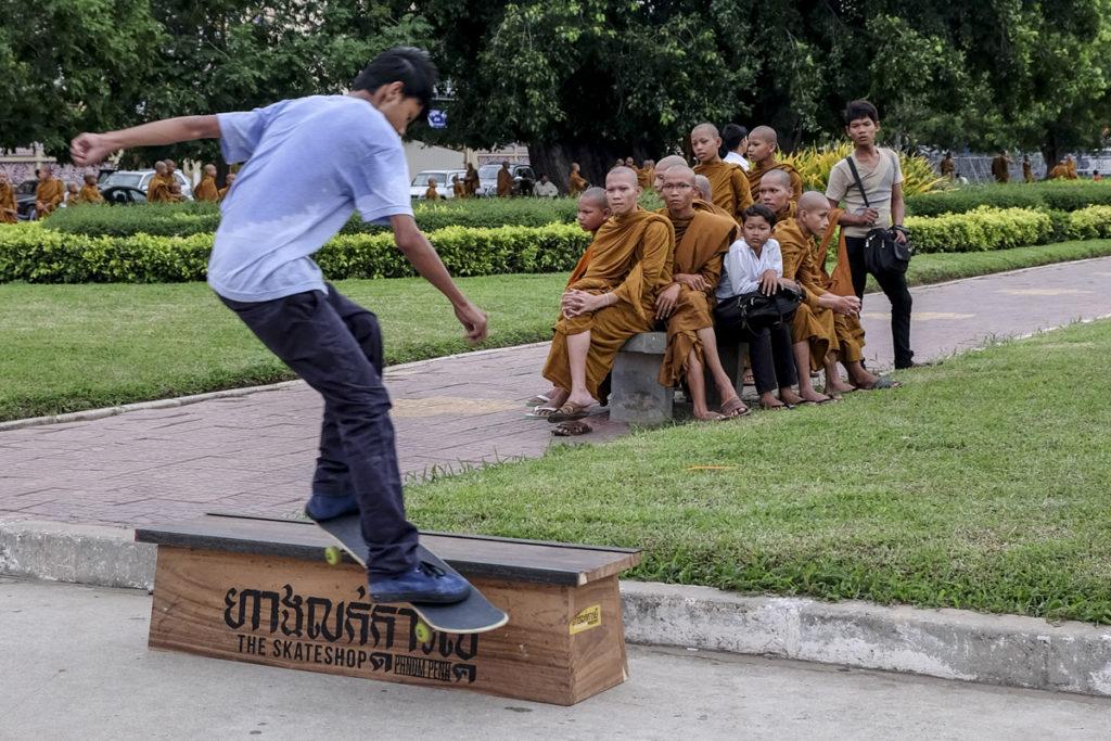Phnom Penh Monaci 04