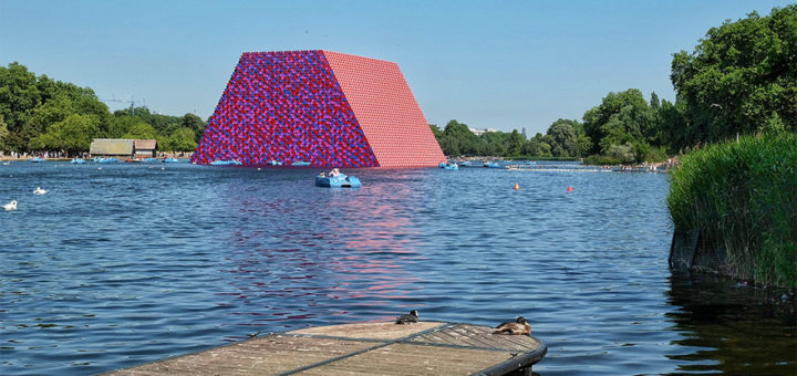 London Serpentine Christo copertina