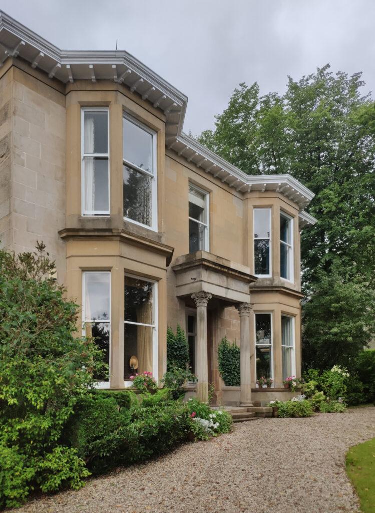 Glasgow - House